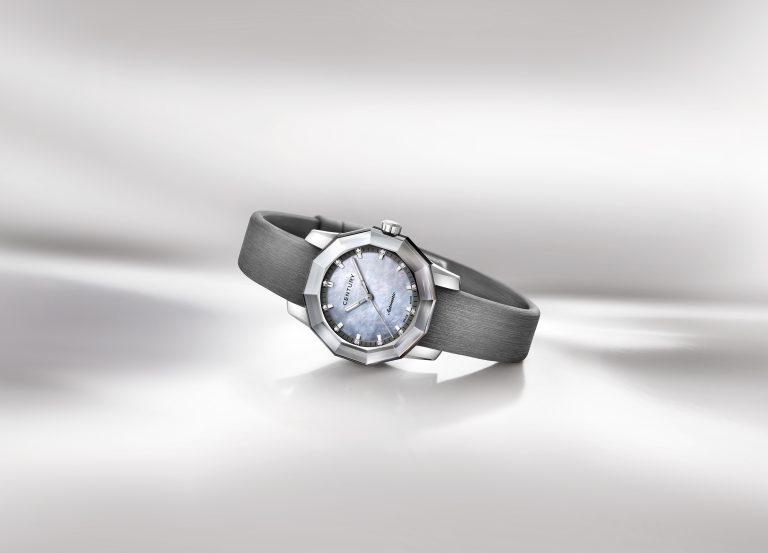 Modell in Stahl mit 12 Diamanten (0.050 ct.)